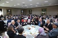 İSMAIL ÇORUMLUOĞLU - Şehit Aileleri Ve Gaziler Yemekte Ağırlandı