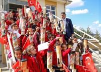 BAĞBAŞı - Başkan Fadıloğlu'ndan Çocuklara Santranç Takımı