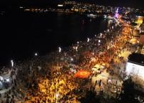 Çanakkale Zaferi'nin 102. Yılında Fener Alayı Coşkusu
