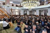 HAKAN TÜTÜNCÜ - Kepez'deki Bütün Camilerde Şehitlere Dua