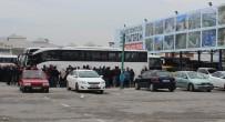 KOCAELISPOR - Kocaelispor Taraftarları Arasında Kavga Açıklaması 1 Ölü, 2 Yaralı