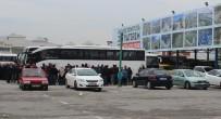 KOCAELISPOR - Taraftarlar Arasında Kavga Açıklaması 1 Ölü, 2 Yaralı