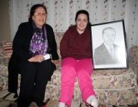 ENGELLİ KIZ - Cumhurbaşkanı Erdoğan'ın Hediyeleri Engelli Gence Ulaştı