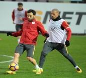 METİN OKTAY - Galatasaray Çift Antrenman Yaptı
