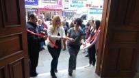 ALI ÖZCAN - Kadınlar Günü Fotoğraf Sergisi Açıldı