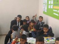 OKUL ÇANTASI - Köy Okuluna Polisten Kırtasiye Yardımı