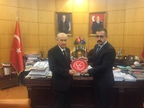 OCAKLAR - Ülkü Ocakları MHP Genel Başkanı Bahçeli'yi Ziyaret Etti
