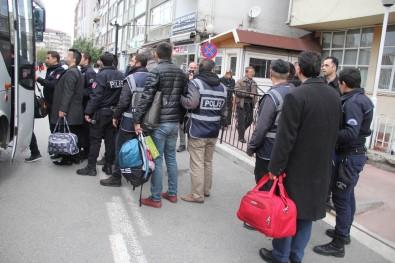 2 Hakim Ve 1 Savcı FETÖ'den Tutuklandı