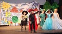 TİYATRO OYUNU - Anaokulu Öğrencilerinden Tiyatro Gösterisi