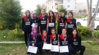 BEDEN EĞİTİMİ - Atatürk Mesleki Ve Teknik Anadolu Lisesi Oryantiringde Birinci Oldu