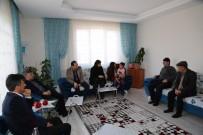 EMRAH ÖZDEMİR - Başkan Akdoğan'dan Şehit Ailelerine Ziyaret
