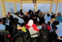 POLİS MERKEZİ - Çeşme'de Denizden Ve Karadan 105 Sığınmacı Yakalandı