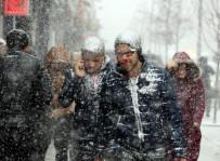 KAR TEMİZLEME - Doğu Yeniden Kar Altında
