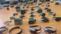 ZEYNEP KIZILTAN - Jandarma Ele Geçirdiği Tarihi Eserleri Müzeye Teslim Etti