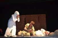 ERZURUM VALISI - 'Kalenin Al Yazmalıları' Tiyatro Gösterisi Beğeni Topladı