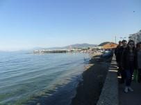 GÜNEŞLI - Mart Ayında Bursalıların Deniz Keyfi