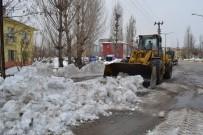 KARLA MÜCADELE - Mart Doğu'da Kazma Kürek Yaktırıyor