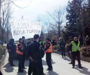 KARŞIT GÖRÜŞLÜ ÖĞRENCİLER - 'Öcalan'a İdam' Pankartı Açan Öğrencilere Saldırı Açıklaması 3 Yaralı