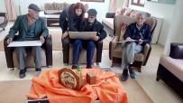 KÜTÜPHANE - Odunpazarı Belediyesi Yaşlı Merkezinde Resim Dersleri De Başladı