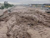 TOPRAK KAYMASI - Peru'da ölü sayısı arttı