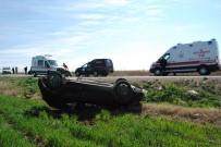 GÖBEKLİTEPE - Şanlıurfa'da Otomobiller Çarpıştı Açıklaması 4 Yaralı
