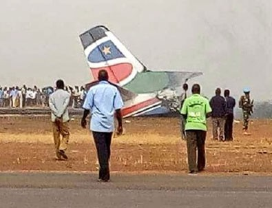 44 kişiyi taşıyan uçak yere çakıldı