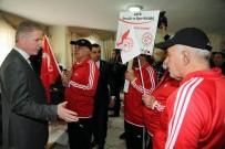 AİLE VE SOSYAL POLİTİKALAR BAKANLIĞI - Vali Gül'den Huzurevine Ziyaret