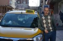 YOLCU OTOBÜSÜ - Yolcu Otobüsü İle Taksi Çarpıştı Açıklaması 1 Ölü