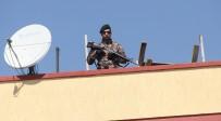 KORSAN GÖSTERİ - Adana'da Nevruz Sakin Geçiyor