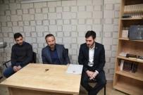 NEVZAT DOĞAN - Başkan Doğan, Milli Türk Talebe Birliği Kocaeli Şubesini Ziyaret Etti