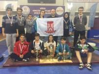 HALTER TAKIMI - Bilecik Belediyespor Halter Takımı Düzce'den 3 Kupa Ve 11 Madalya İle Döndü