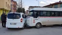 TİCARİ ARAÇ - Bilecik'te Trafik Kazası Açıklaması 2 Yaralı