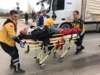 TAHKİKAT - Bursa'da Motosiklet Kazası Açıklaması 1 Yaralı