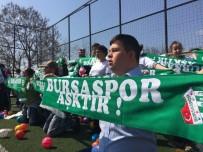 BURSASPOR - Bursasporlu Taraftarlardan Özel Öğrenciler İçin Anlamlı Davranış