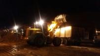 KAR TEMİZLEME - Çaldıran Belediyesinden Kar Mesaisi