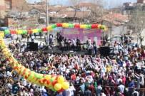 ESENTEPE - Denizli'de Nevruz Halaylar Ve Şarkılar Eşliğinde Kutlandı