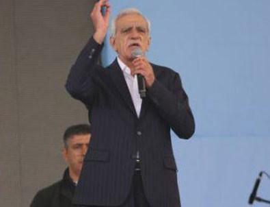 Ahmet Türk: Barış ve diyalogdan başka yol yok