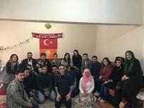 YıLDıZTEPE - Eskişehir AK Parti Gençlik Kolları Mahalle Ziyaretlerine Devam Ediyor