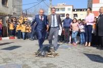 İLKÖĞRETİM OKULU - Kula Ve Turgutlu'da Nevruz Coşkusu