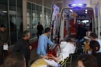 TAHKİKAT - Otomobille Çarpışan Motosiklet Sürücüsü Ağır Yaralandı