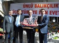Bakan Bozdağ'dan Balıkçılara Ziyaret