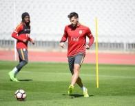 METİN OKTAY - Galatasaray Adanaspor Mesaisini Sürdürdü