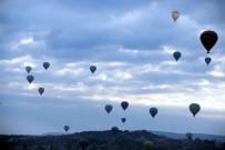 YERLİ TURİST - Kapadokya Semaları Hareketleniyor
