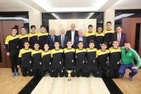 YıLDıZLı - Kayseri Şampiyonu Başkan Çolakbayrakdar'ı Ziyaret Etti