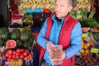 BILECIK MERKEZ - Kilosu 15 Liradan Satılan Çilek El Yakmaya Devam Ediyor