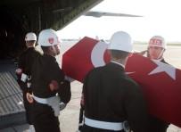 ADLİ TIP KURUMU - Şehit Er Hüseyin Koroç'un Cenazesi Askeri Uçakla Şanlıurfa'ya Gönderildi