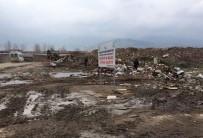SOMA - Soma'daki Moloz Kirliliği Büyükşehir Tarafından Temizlendi