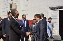 Ak Parti Genel Sekreteri Abdülhamit Gül Halı Fabrikasında İşçilerle Öğle Yemeği Yedi