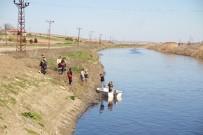 POLİS - Balıkçılar Da Arıyor, Liseli Kızdan Saatlerdir Haber Alınamıyor