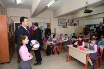 FABRIKA - Dündar'dan Seçim Vaatlerini Yerine Getiremeyen 9 Yaşındaki Okul Başkanına Destek